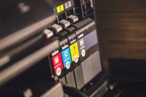 הדפסת צ'קים בבית דפוס
